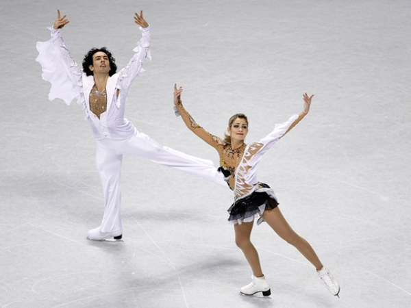 Everything you need to know about figure skating costumes